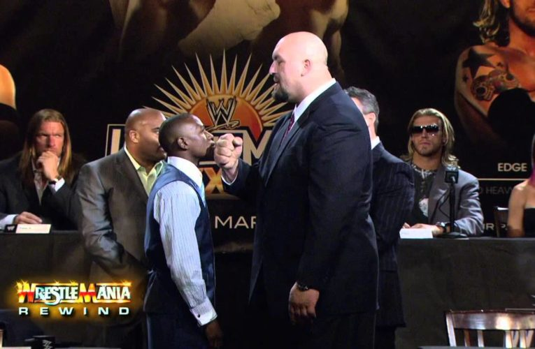 Floyd Mayweather Vs Big Show. No Disqualification Match.
